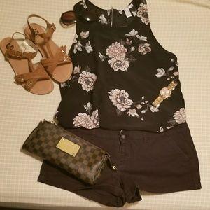 Black mini AE shorts